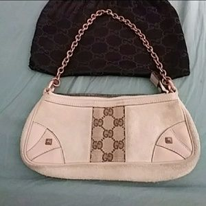 Authentic gucci handbag.